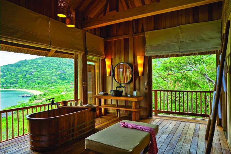 Hilltop Reserve Bathroom, Six Senses Ninh Van Bay