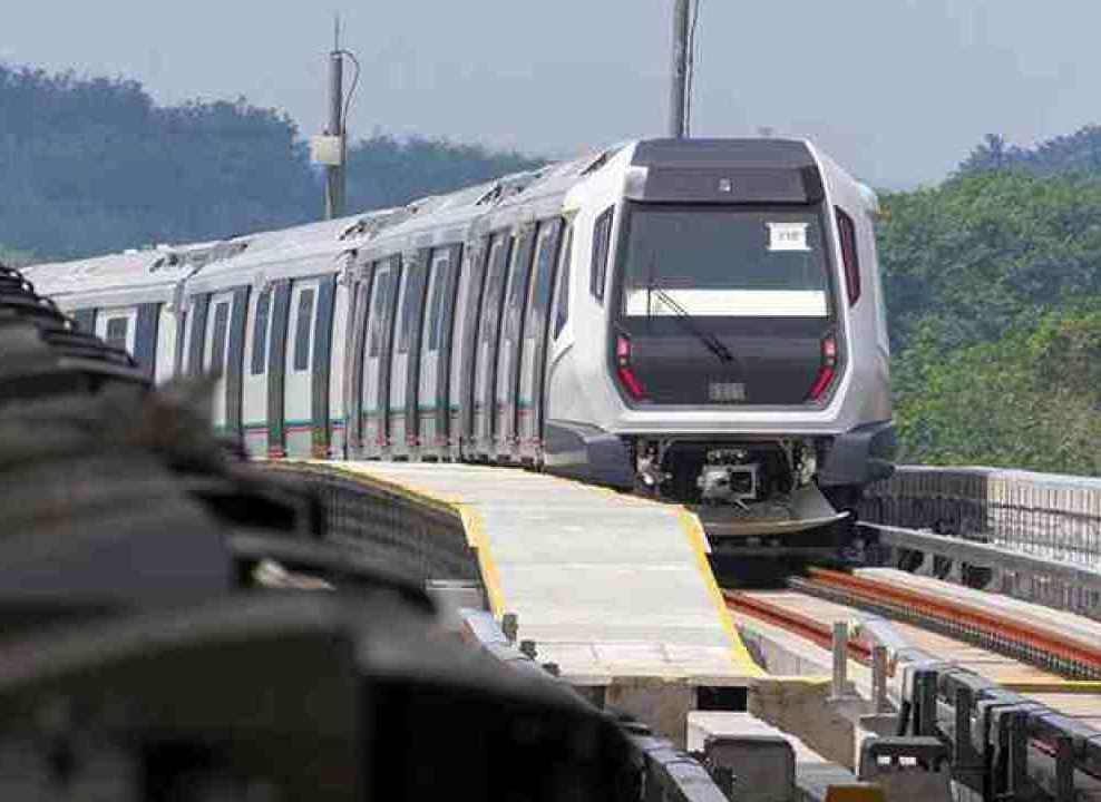 Lễ khởi công cho hệ thống tàu cao tốc nối liền Johor Bahru và Singapore đã diễn ra tại chốt hải quan cửa khẩu (CIQ) trong tương lai Bukit Chagar tại Johor Bahru, đánh dấu việc bắt đầu xây dựng hệ thống tàu cao tốc này.